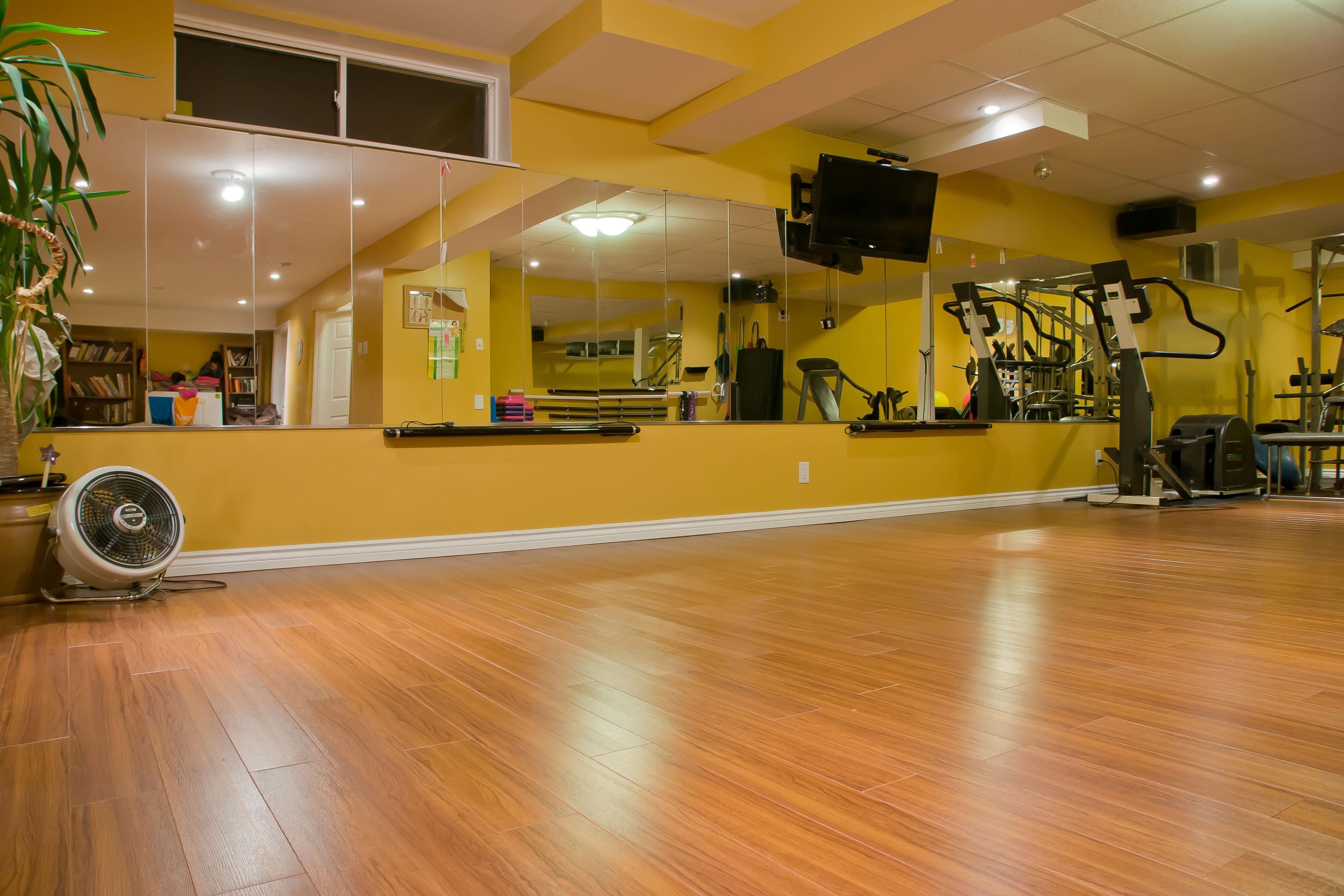 The gym ellefitness for Salon fitness